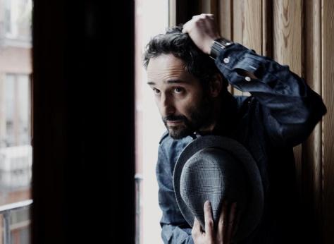 """El 25 de Octubre tenemos un concierto en el Teatro de la Maestranza de la mano de Jorge Drexler, presentando su nuevo disco """"Bailar en la cueva""""."""