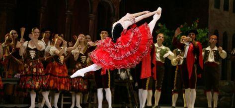 """En Granada tenemos el 9 de Diciembre """"Don Quijote"""" del ballet imperial ruso. El Ballet Imperial Ruso presenta en este escenario todo un clásico universal de la danza y la literatura a las 21:00h."""