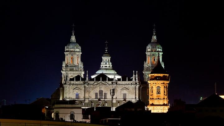 Esta semana para Jaén traemos como sugerencia la visita nocturna, Jaén Iluminada