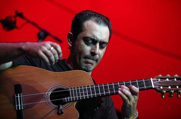 Hoy jueves en Huelva actúa el guitarrista Raúl Rodríguez