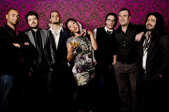 Mañana viernes actuarán en Cádiz el grupo The Agapornis
