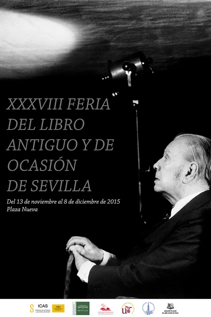 La Feria de El Libro Antiguo y de Ocasión que se celebra desde el pasado día 13 hasta el 8 de diciembre en la Plaza Nueva, junto al ayuntamiento en Sevilla.