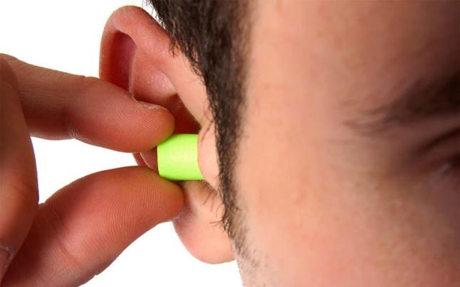 La curiosa historia de los tapones para los oídos