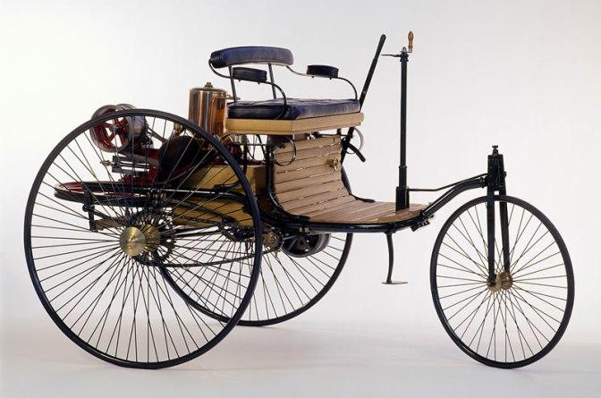 Los orígenes de los primeros coches y su evolución